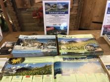 Prospektpräsentation am Alpen-Messestand