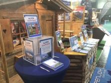 Gewinnspiel am Prospektpräsentation am Messestand Urlaub in den Alpen