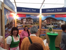 Exklusiver Messestand